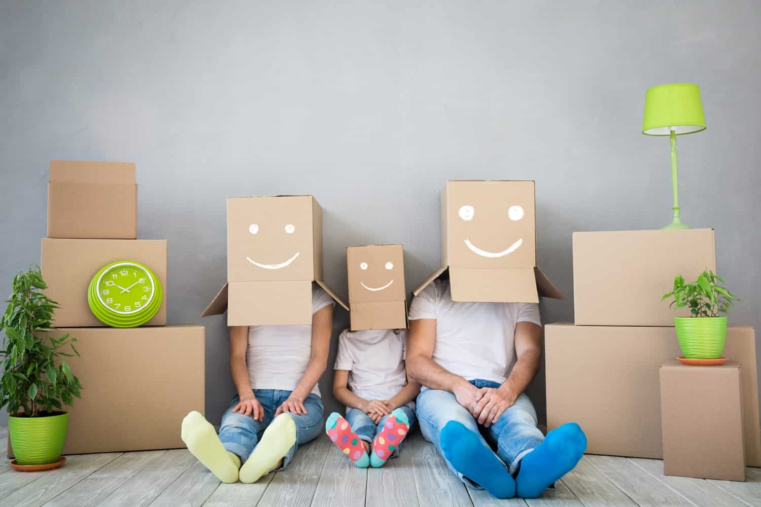 Smileys in packing boxes